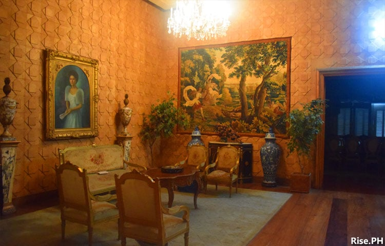 A lobby in the second floor