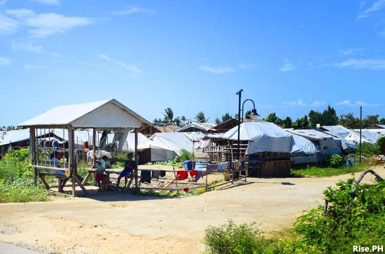 Tents in Guiuan