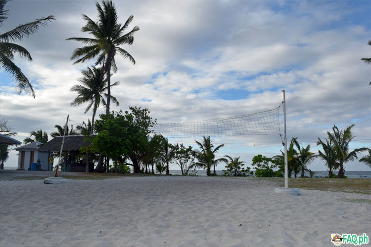Kalanggaman volleyball court