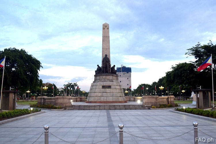 Rizal Monument in Luneta Park