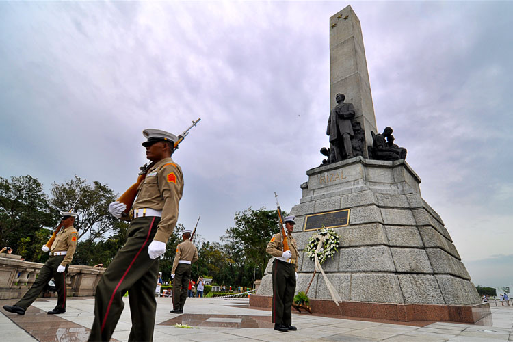 Guards of Rizal Monument