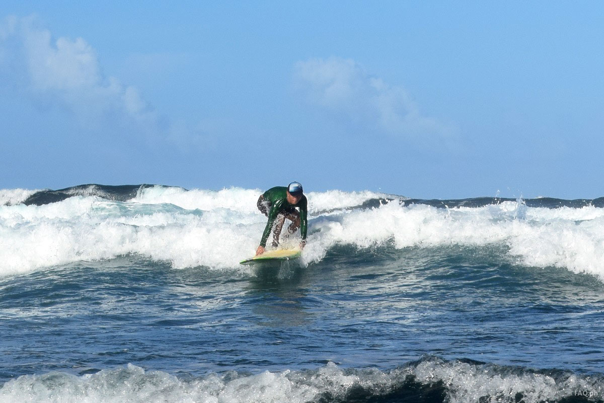 Surfing in Calicoan Guiuan