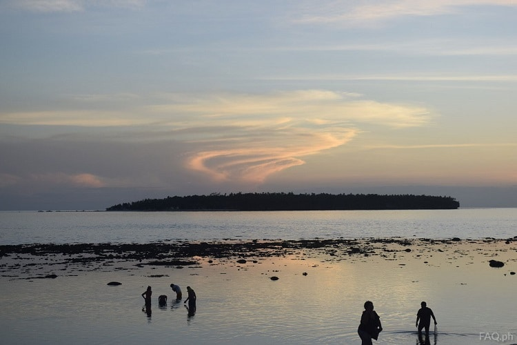 Apid Island cloud
