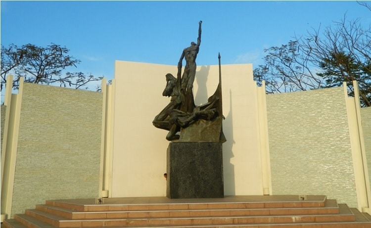 Spirit of Pinaglabanan monument
